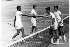 Tennis Curry and Glass shake hands 1964